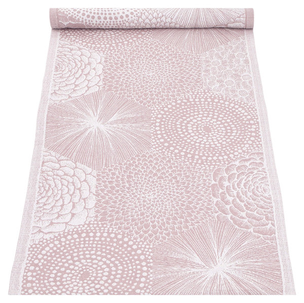 Table runner in washed linen in delicate pink
